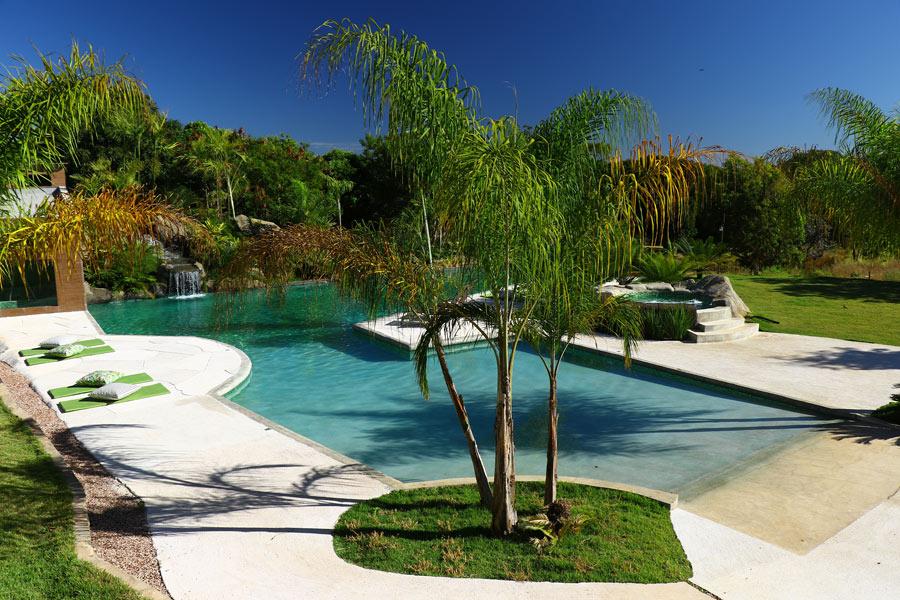 vista das piscinas da pousada Baguá