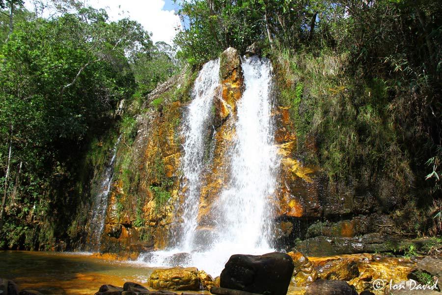 Cristais - Cachoeira na Chapada dos Veadeiros