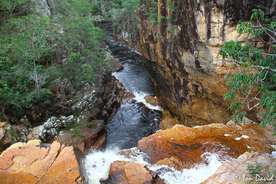 Macaco - Cachoeira na Chapada dos Veadeiros