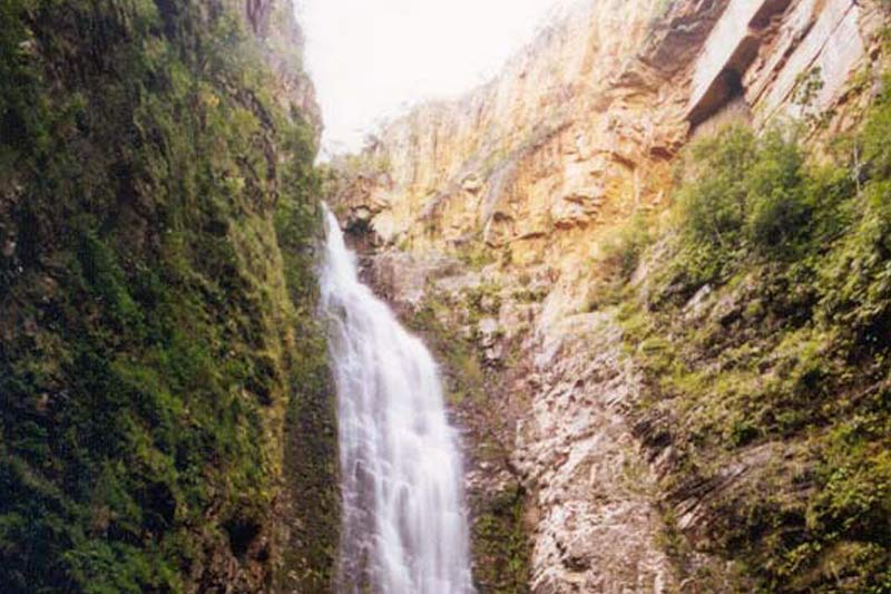 Segredo - Cachoeira na Chapada dos Veadeiros